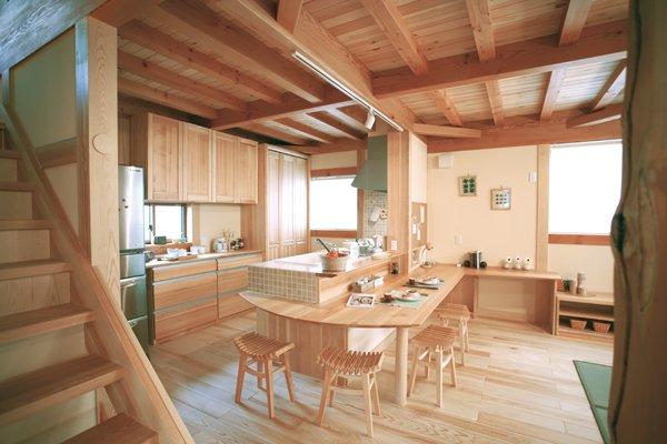 穏やかで快適な空気に満ちた本格木造住宅「郷の家」|坂本建設工業 ...